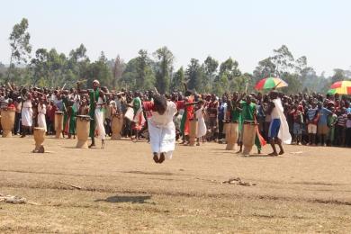 Burundiska trummor i Vugizo